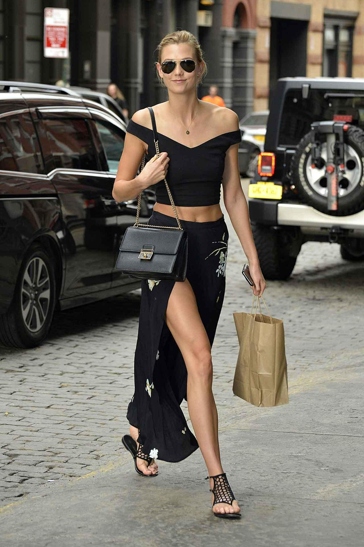 From @GiGiHadid to @karliekloss, take summer style notes from the stars http://t.co/WYewUwHwYd http://t.co/Rwv2r5E4mM