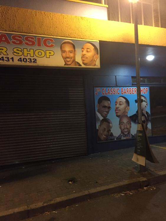 LOL! RT @ClintonSparks: @Ludacris they using your fresh cut in South Africa on a billboard to promote a barber shop.