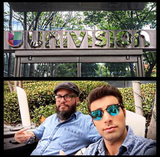 Studio action earlier today with my bro @jencarlosmusic for #primerimpacto @univision #Bajito by #THECOOLJOEY http://t.co/4xp2KhFwbL