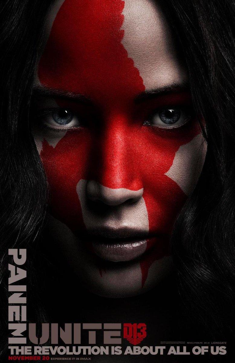 Katniss is klaar voor de revolutie op nieuwe #HungerGames posters http://t.co/LLb5iXsgJx http://t.co/NTAKuHhVXO