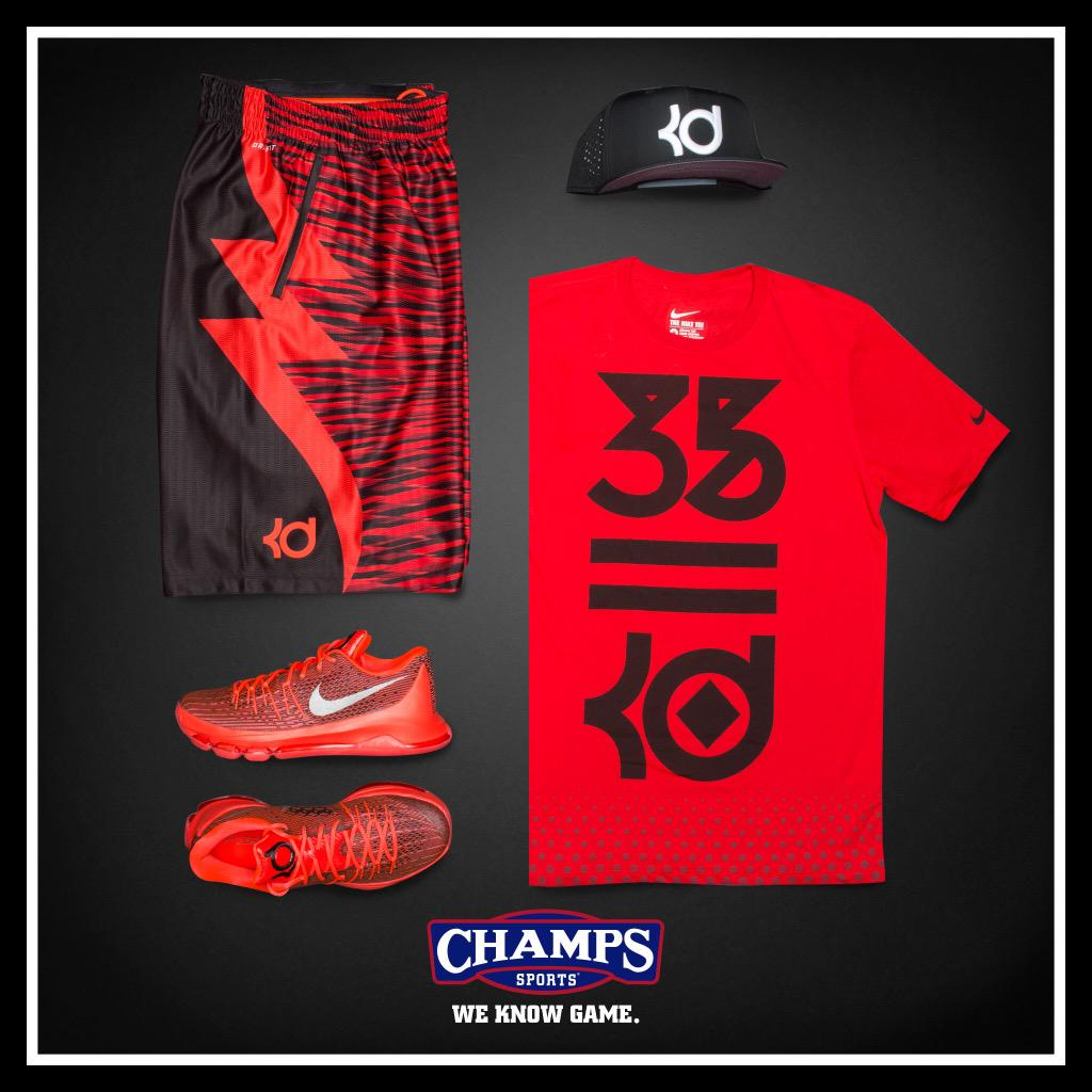 Fuel your game with the Nike KD 8 'V8'.