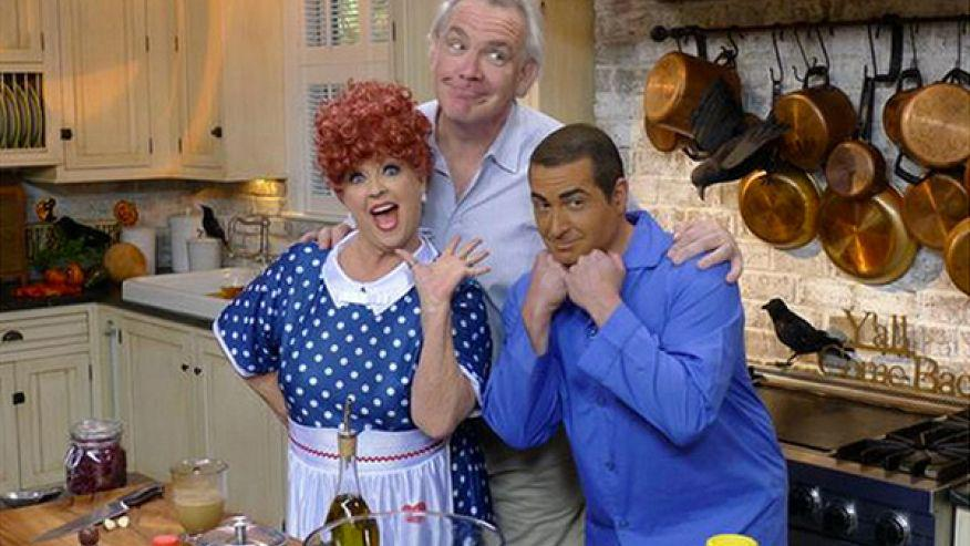 Paula Deen smeared for son in brown-face George 'Sulu' Takei still gets a pass