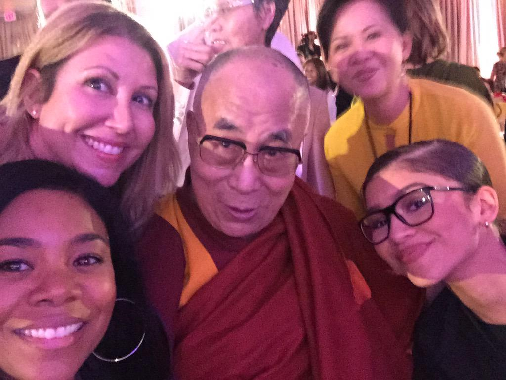 Humble #selfie w @DalaiLama @MoreReginaHall @Zendaya #withcompassion #withcompassion http://t.co/uayQ0wbRzj
