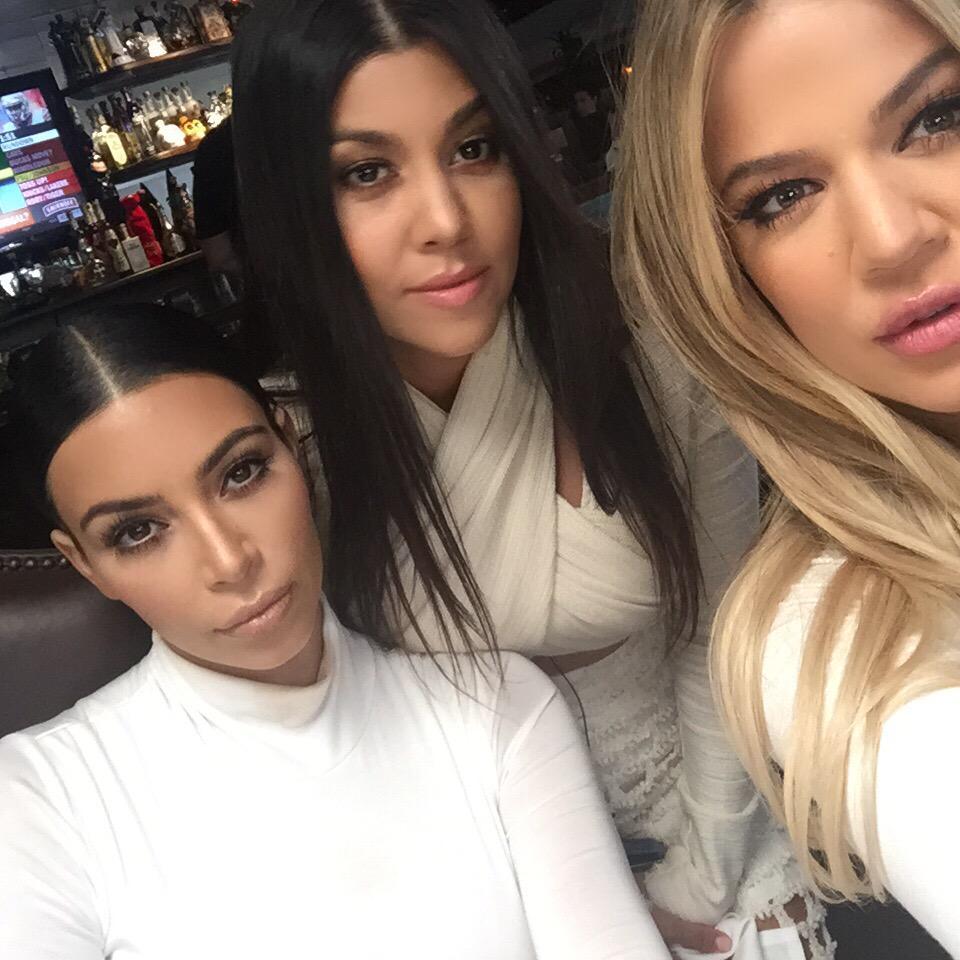 Kim Kardashian wallpapers,frame picture,resim download wallpaper