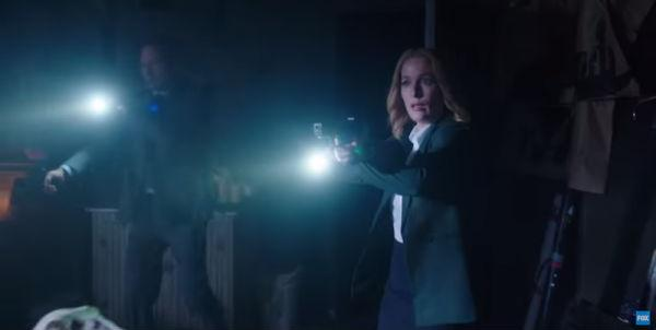 First Look at Mulder & Scully in Action in THE X-FILES Revival! http://t.co/AY6D8LJzn4 #XFiles http://t.co/8ndVnNuoEk