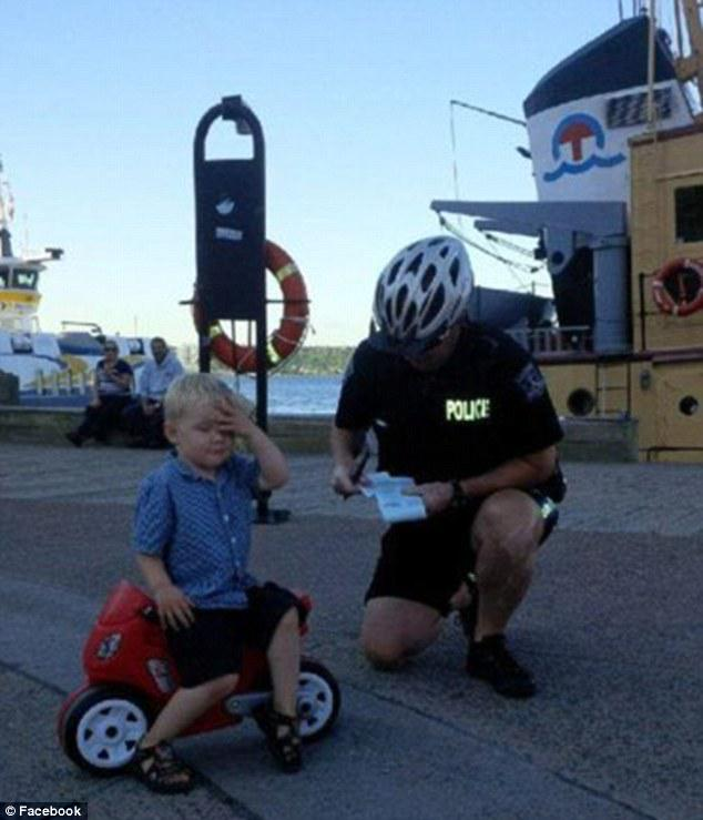 Three-year-old biker boy has hilarious reaction when he's pulled over by the cops http://t.co/lVePY91UMX
