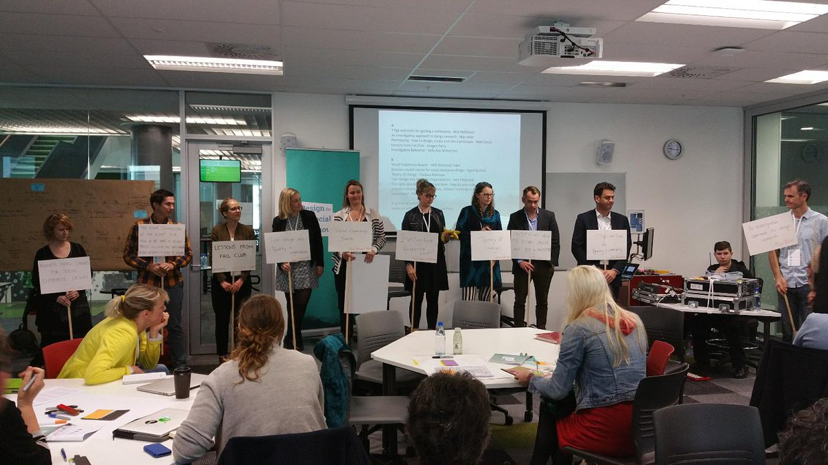#dsi2015 Skills busstops line up for their pitches http://t.co/DL0ESFrHou