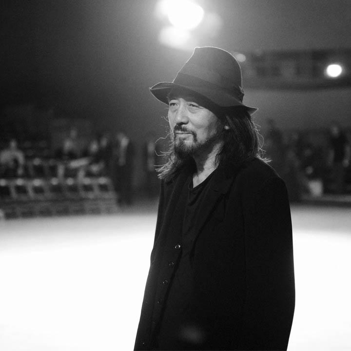 Designer Focus: Y's by Yohji Yamamoto/ An Interview with the Expert Japanese Designer > http://t.co/RcVvUgCqpC http://t.co/wabmnIkxQa