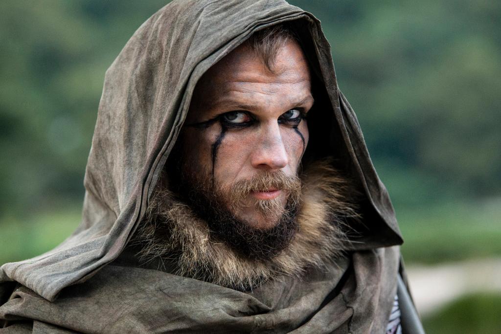 Vikings On Twitter Floki Is An Entertaining Yet Dangerous Jester