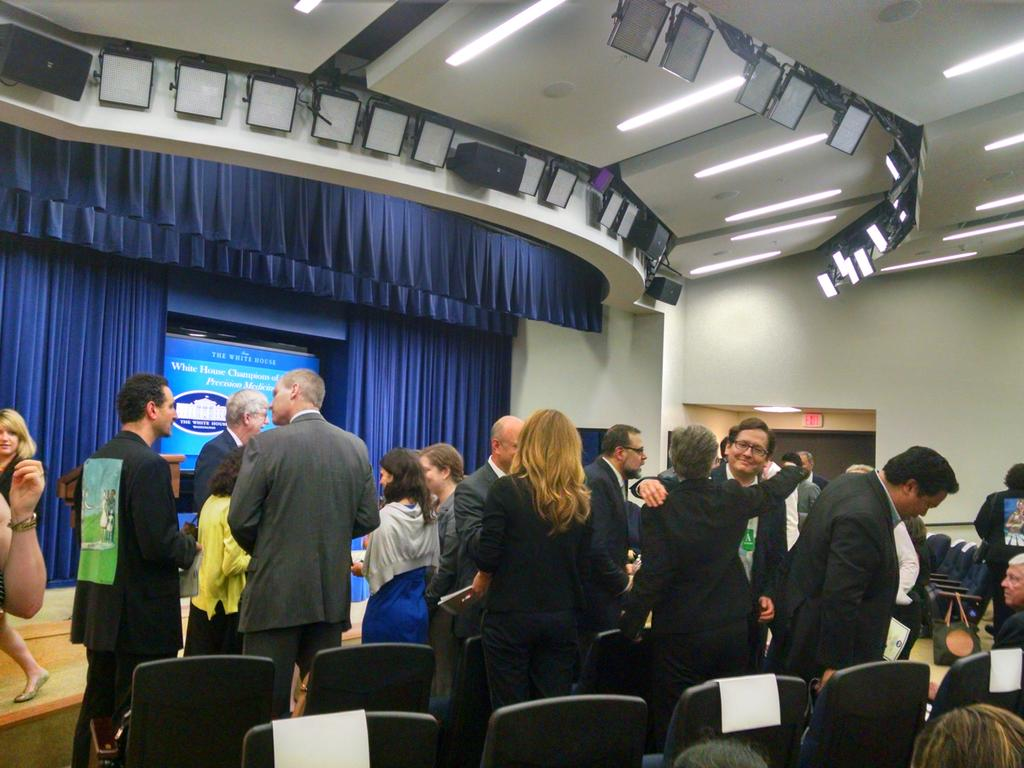 #WHChamps for #PrecisionMedicine about to start.. http://t.co/kPRo5X8DZU