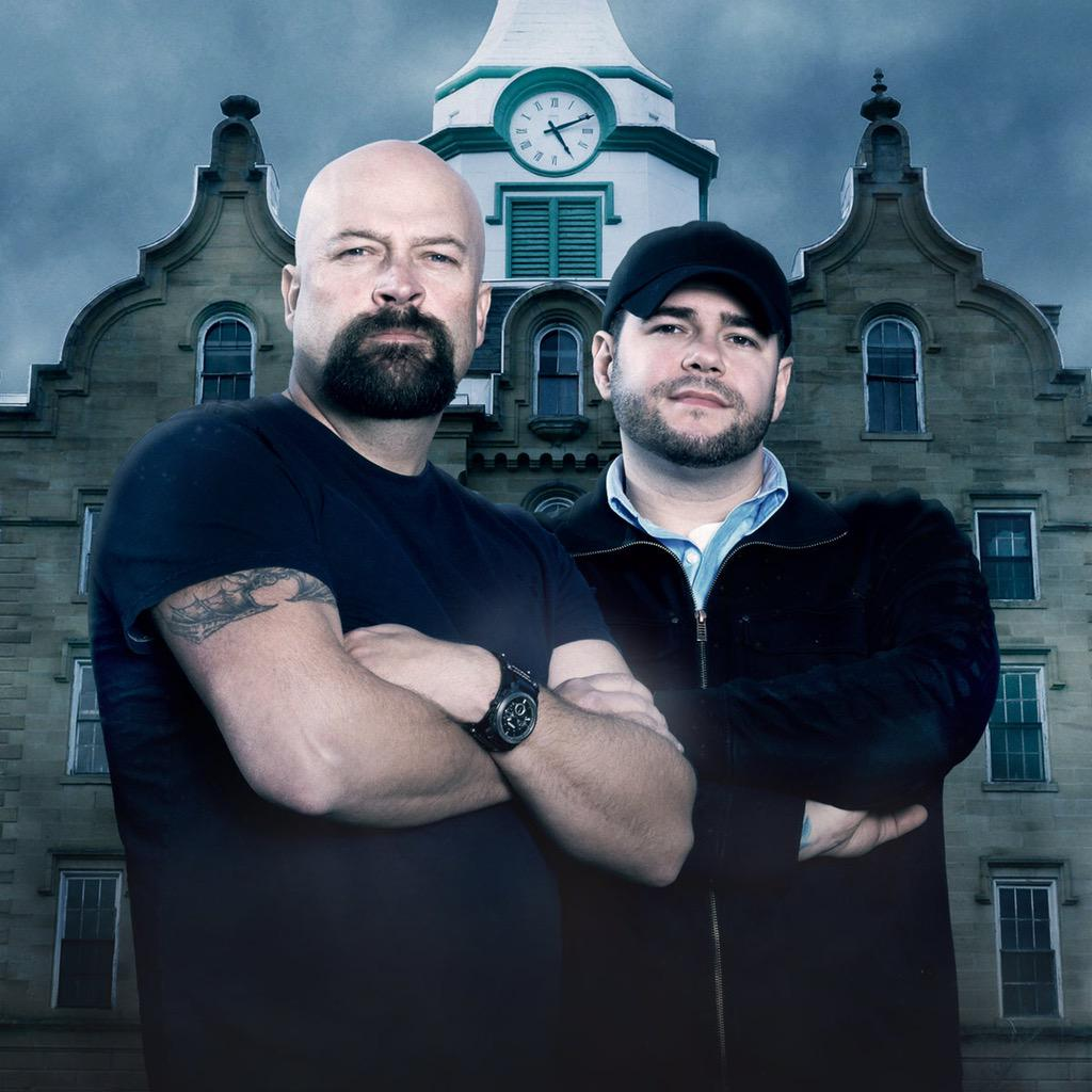 August 26th Ghost Hunters returns!! 9pm on Syfy! Season 10! Please help spread the word! Thank you so much!!! http://t.co/rTvB1Q2aC9