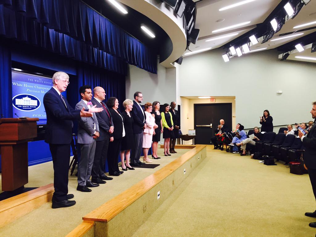 .@NIHDirector invites a standing ovation for our incredible #PrecisionMedicine #WHChamps http://t.co/Z7S8Vn9MAm