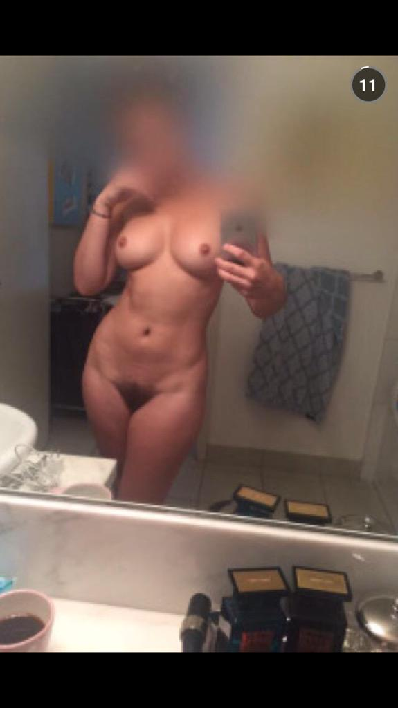 Nude Selfie 2931