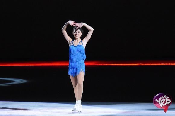 Ледовые шоу-2 - Страница 49 CJcX8SIUkAAB8Yv