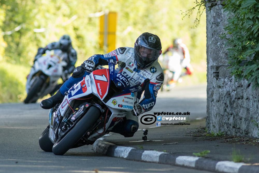[Road Racing] Southern 100 2015 - Page 2 CJdax5QUwAAhhAF