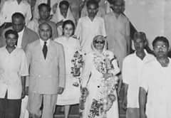 Muhtarma Fatima jinnah with Dr.Riaz Ali Shah on arrival at Railway station Lahore c, 1957 http://t.co/h01HO7mIen