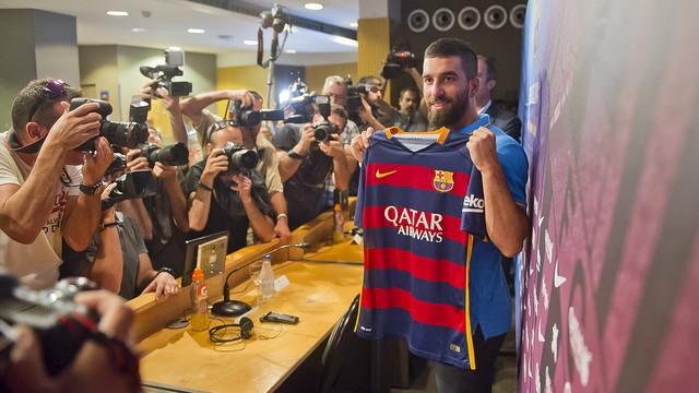 Arda Turan's First Press Conference