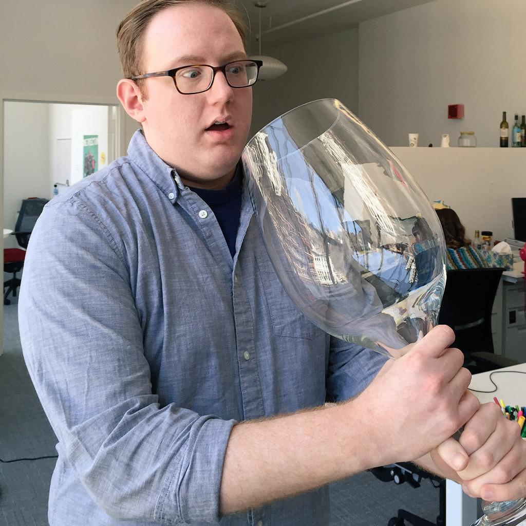 Giant Wine Glass Latest News Breaking Headlines And Top Stories