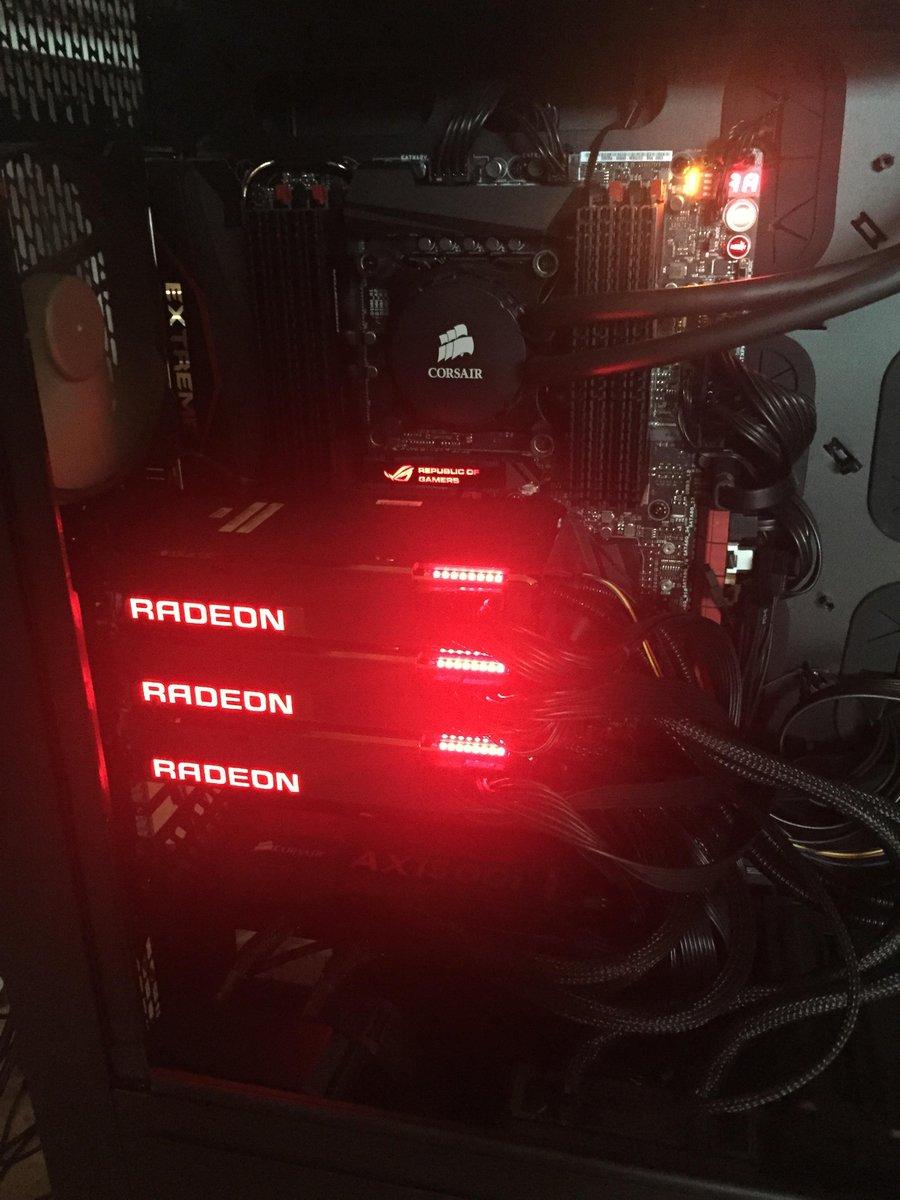 Ok now we are talking! 3x @AMDRadeon Fury X GPUs. http://t.co/s6NwOlkjXK