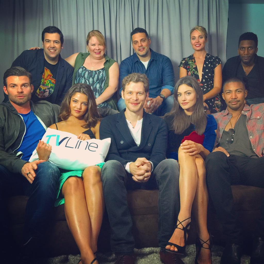 Just wrapped with #TheOriginals. We made complete sentences this year! Video to come. #SDCC https://t.co/D257QtcenZ http://t.co/mtfApHnDS0
