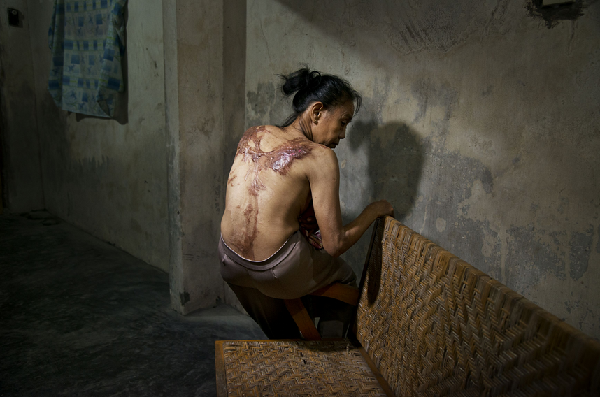 No One Should Work This Way: ILO highlights plight of domestic workers in #HongKong & beyond: http://t.co/08TR8w51rf