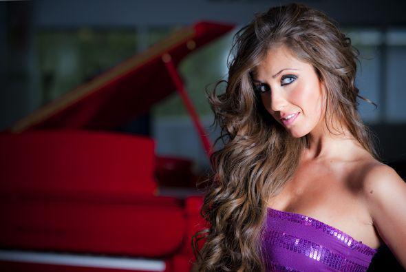 .@Anahi regresa a la música en @PremiosJuventud. ¿Te la vas a perder?->http://t.co/Ppyn6GTSAI http://t.co/pqGEU0Oh3W