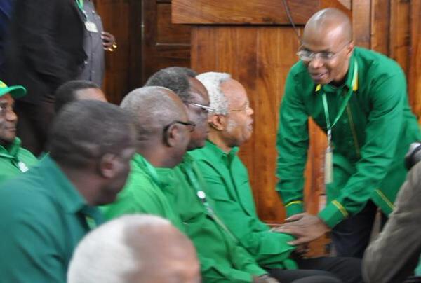 """""""Sigombei nafasi hii kupambana na mtu bali kupambana na matatizo ya watu"""". @JMakamba #UmojaNiUshindi #TanzaniaMpya http://t.co/UK7bmxhQC3"""