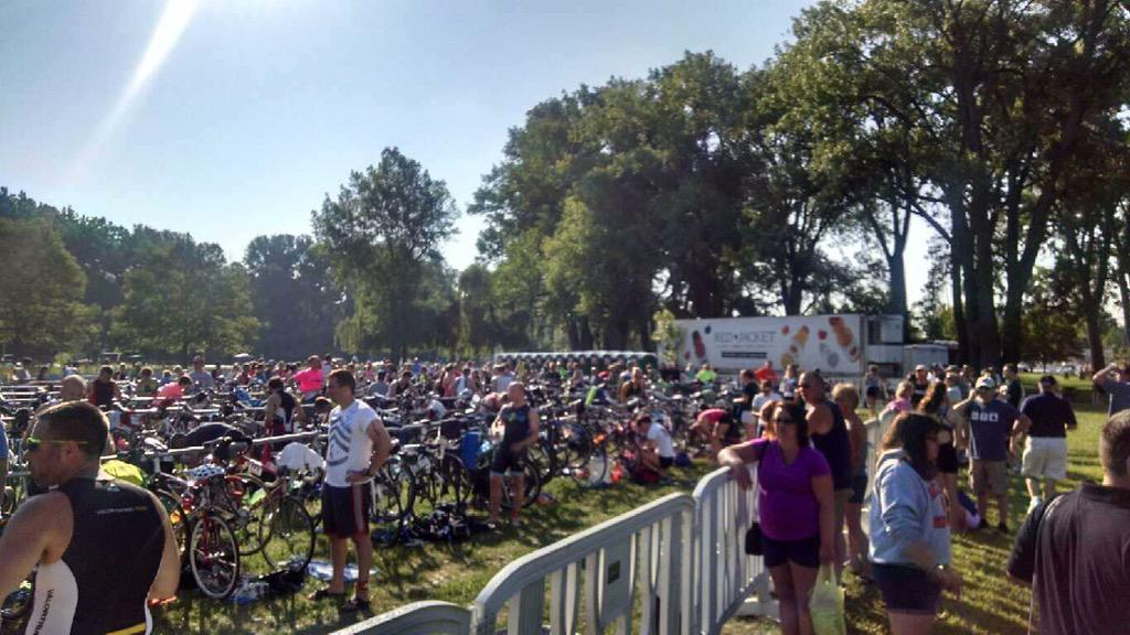 Full crowd here in Geneva for the @musselmantri! #Musselman2015 #redjacketny http://t.co/l6vnDVtDxy