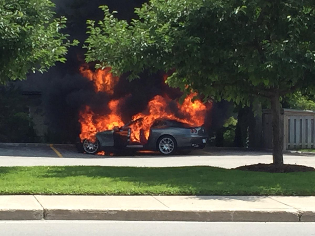 Someone's weekend just took a turn for the worse... this is/was a Ferrari at Hyde Park and Riverside. No injuries. http://t.co/3omslk5kAn