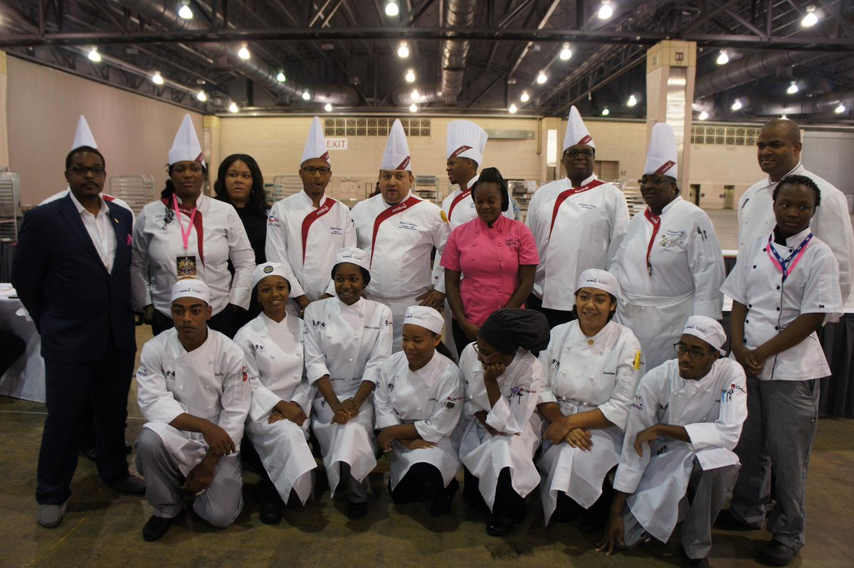 The @NAACP #ACTSO culinary competition is underway. We are proud sponsors. #NAACP106 #EngagingCommunities http://t.co/xZFikL3SlT