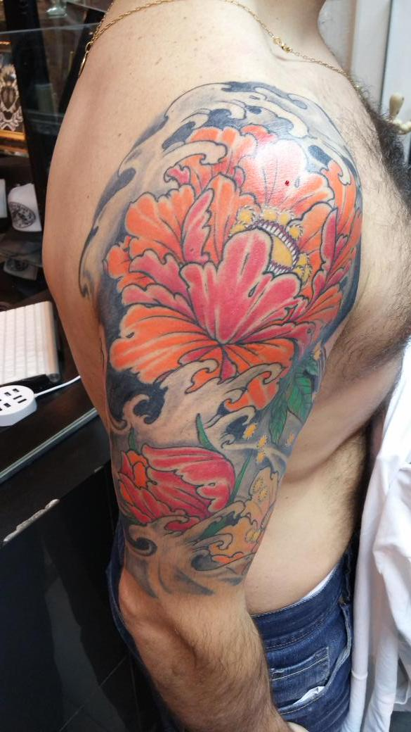 American Tattoo On Twitter Media Manga Con Flores Orientales By