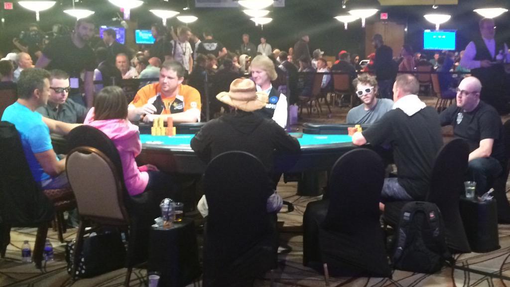 Big Cock Poker 105