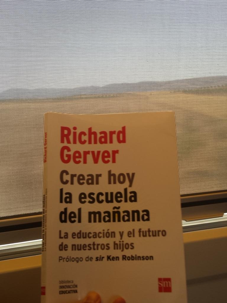 De camino para #Enele2015 Calentando motores y abriendo apetito con @richardgerver #andaqueno http://t.co/KvnOZ3aSf8