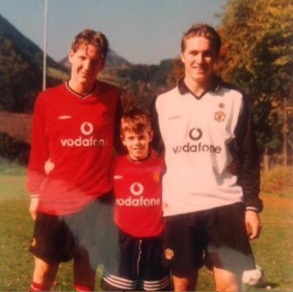 Tottenham 2 1 Psv Harry Kane Rescues Spurs Champions: Bastian Schweinsteiger's Brother Shares Old Photo Of