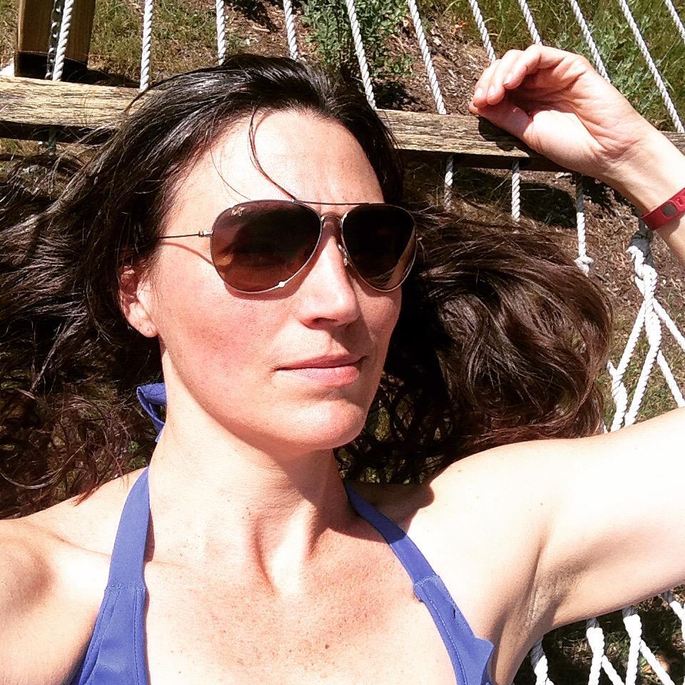 Elizabeth Laidlaw Nude Photos 38