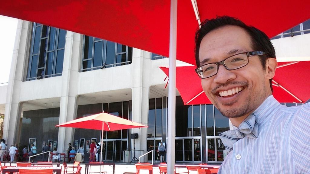 Have bow tie, will travel. Back for more #BalletNow. But first, lunch on the plaza. Great day out! @MusicCenterLA http://t.co/V2k8aVLFgD