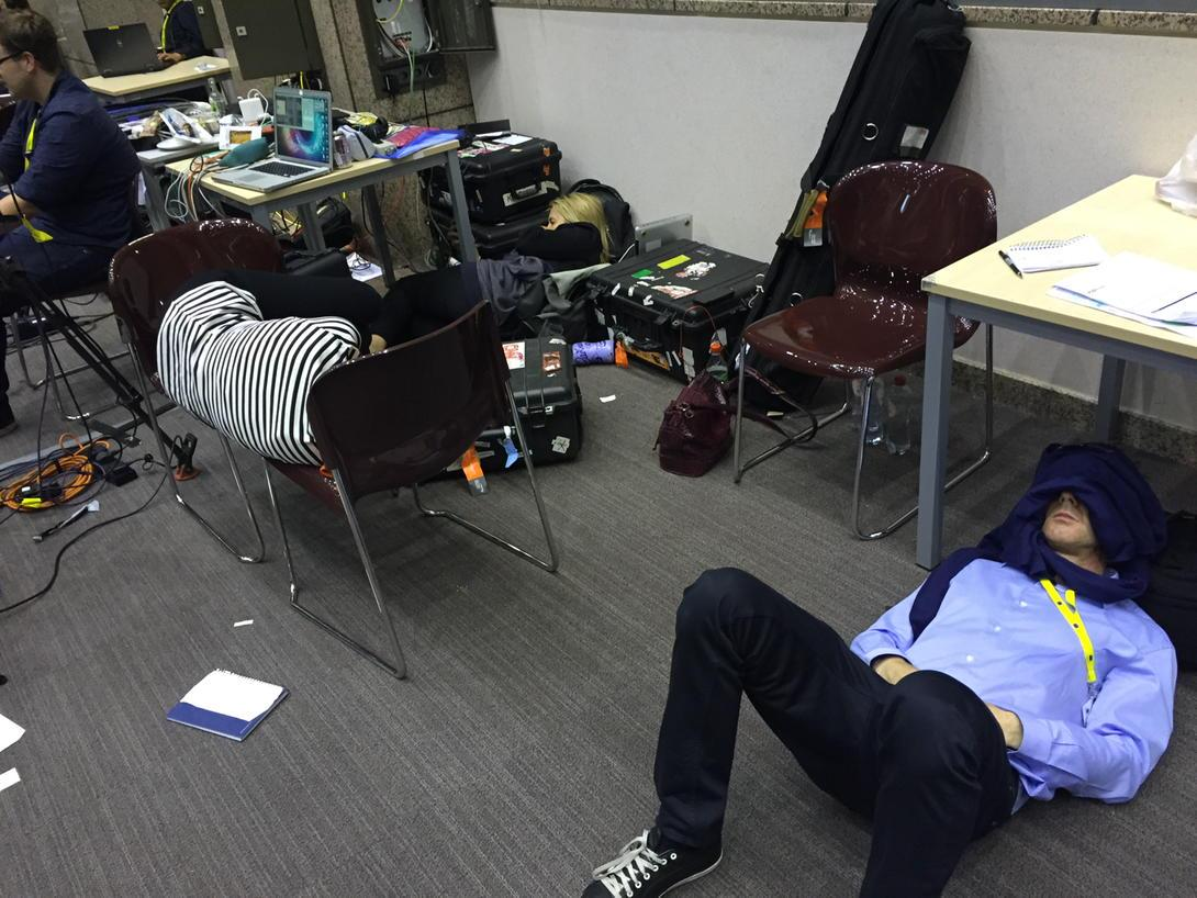 Reality of covering #eurosummit which goes through the night http://t.co/UD7SrhohoV
