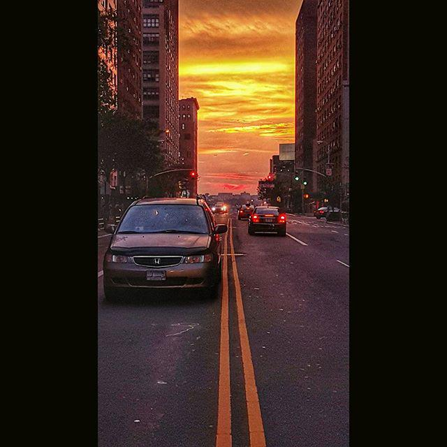 The sky was on fire tonight. But the clouds had there way with #manhattanhenge. #ShowMeYou… http://t.co/7ZRmwr2gXb http://t.co/Myi5lzqxRR