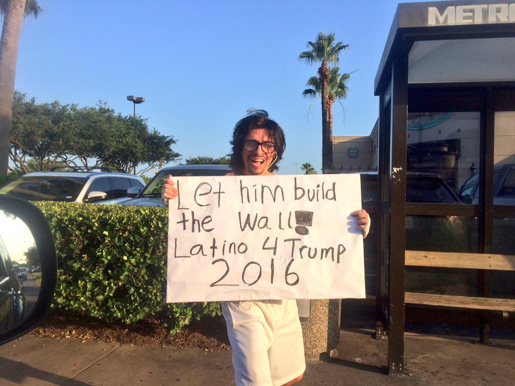 "This guy had his own bullhorn & a chant, ""Latinos for Trump."" #Politics #Trump2016 #HouNews #ThingsISeeWhileShopping http://t.co/wHkwc9C3gA"