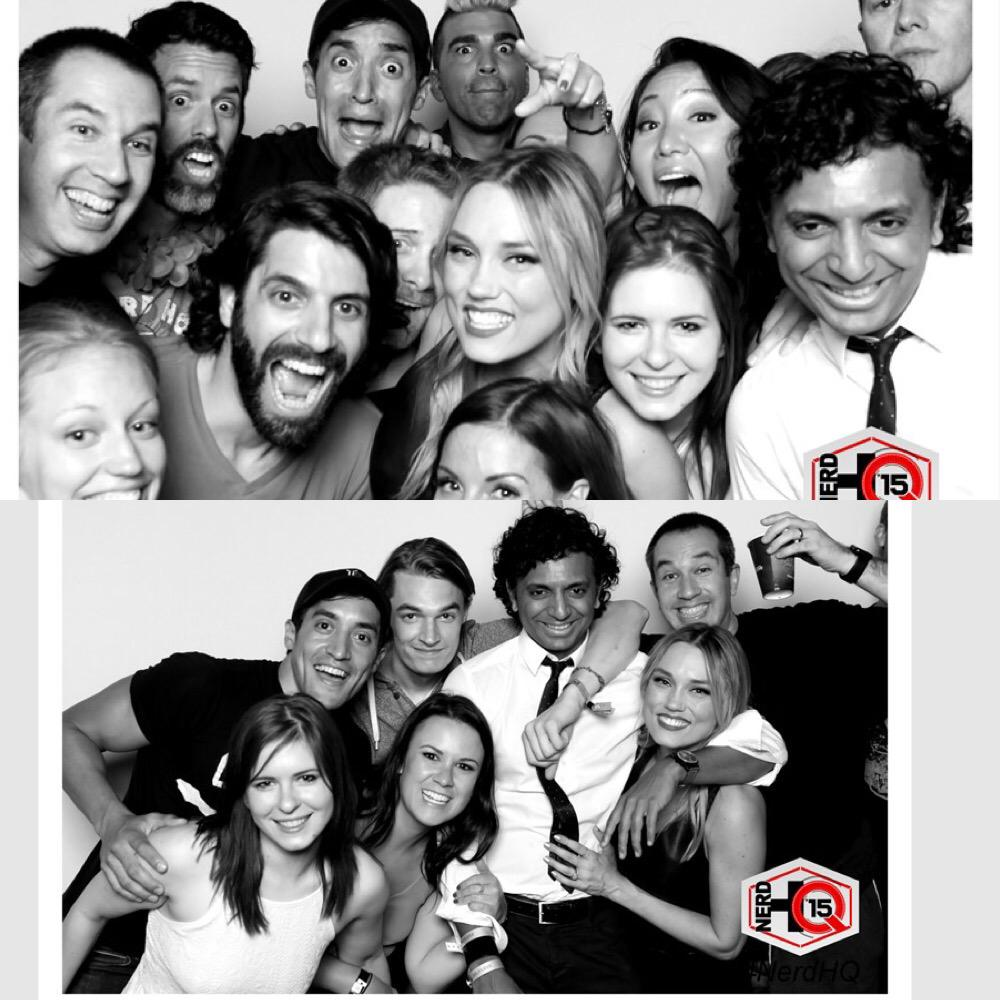 BobbleFriends&the twisted @MNightShyamalan killnIT #photobooth @ClareGrant @SethGreen @SaraHull @KeahuKahuanui #SDCC http://t.co/9Yh6sdpki6