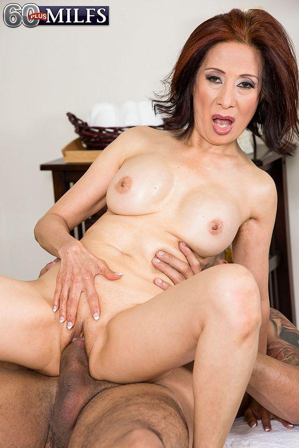 jinda thai massage big cock