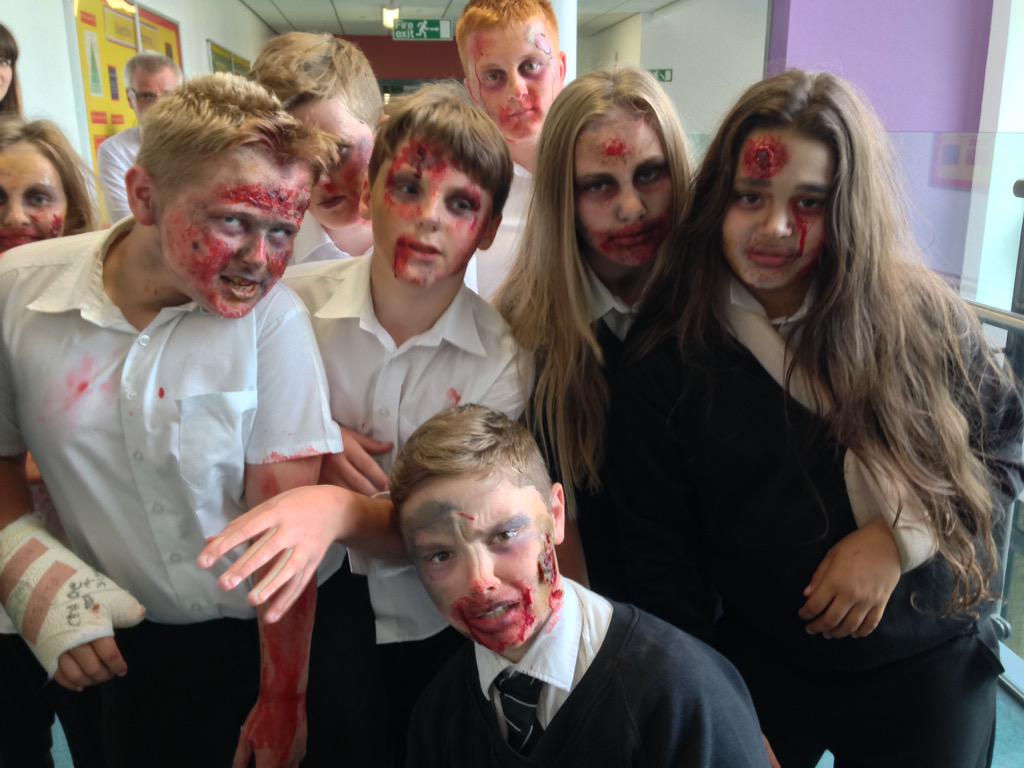 Rodillian enrichment week as students create special effects and stage makeup to make a zombie film! #resilience