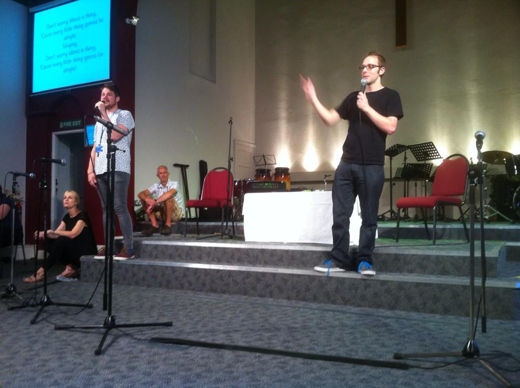 """... on Twitter: """"Y6 Leavers' Event at Morden Baptist Church this morning - celebration of achievement captured in music and film. http://t .co/KNrBt1BQ68"""""""