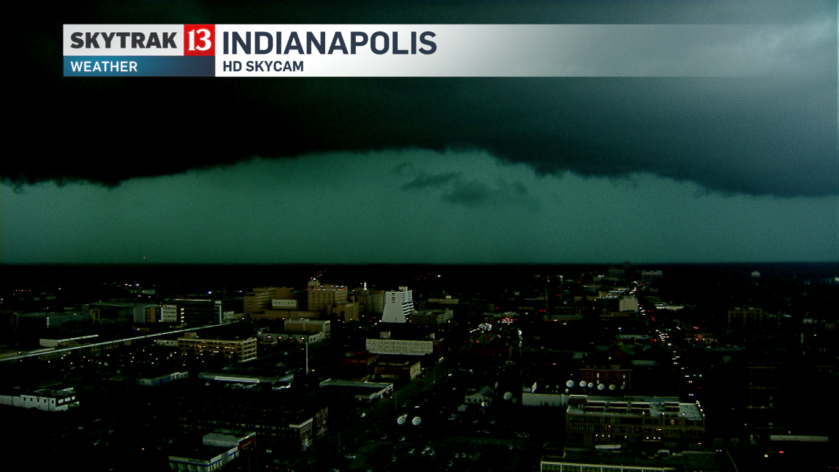 End of the world as we know it... #Indy skycam lookin north #INwx time 11:50am @WTHRcom http://t.co/EEmkm4q9Zk