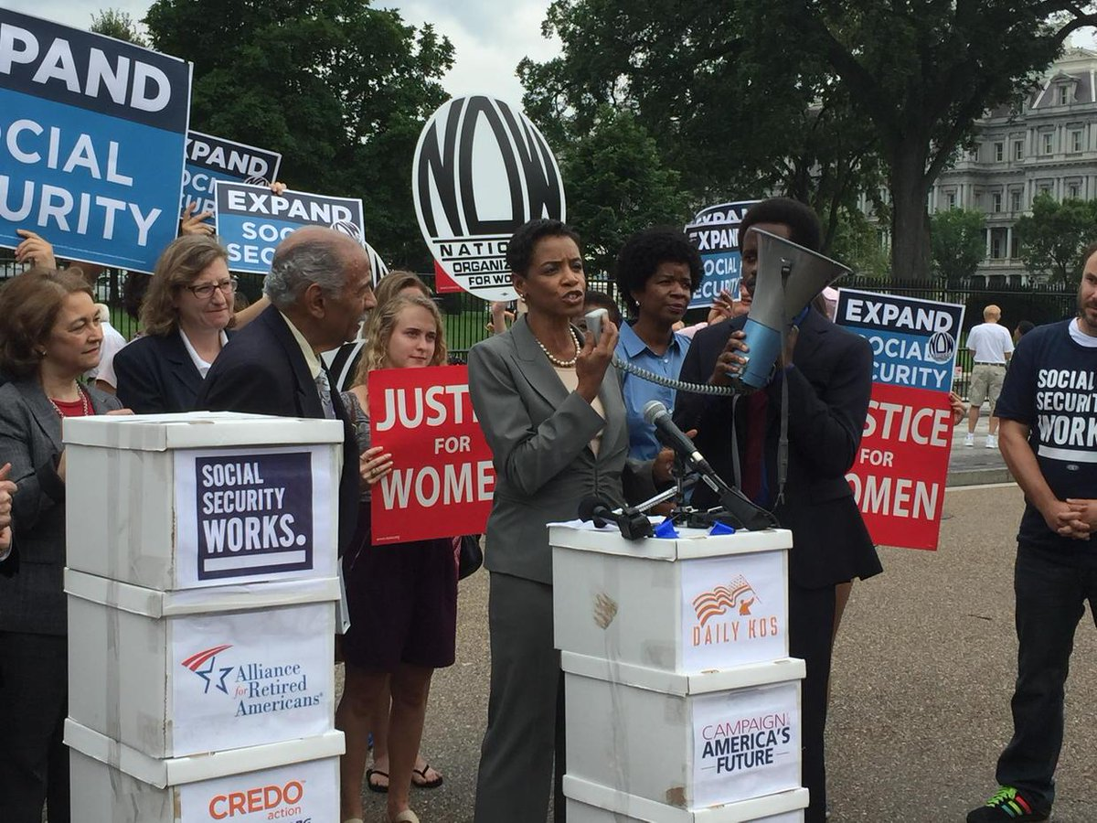 We are standing here today with 2.5 million Americans calling to expand #socialsecurity!: @DonnaFEdwards  #whcoa http://t.co/EOoCfvod1J
