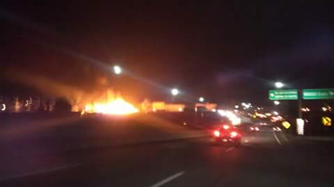 Incendio en la Central de Abasto #Puebla http://t.co/9QzJUtpBuc