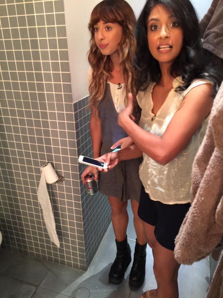 So @Konnie_Huq and @iamfoxes are figuring out Twitter posts in the loo - wait for the result! To be posted by Lou http://t.co/sOlqmsUDuS
