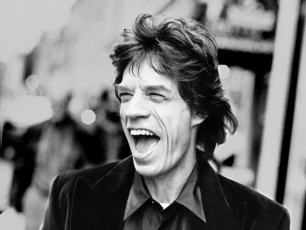RT @SU_PlayTheBooks Bon anniversaire Mick Jagger, 72 ans aujourd'hui ! Playlists avec les Rolling Stones ici -> http://t.co/MFWChqRAiN