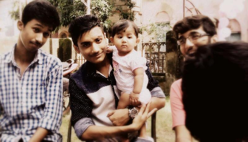 Suman is busy to pouting but me and shreyan LOL.. #ReasonBehindEverything http://t.co/NkgfcOfdyp