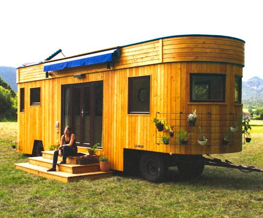 Live off the grid and rent-free in the charming Wohnwagon mobile caravan http://t.co/xXPtqrNuEg